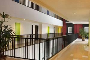 Amaris Hotel Malang - Koridor