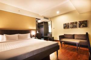 Horison Legian Bali - Junior Suite Pemandangan Kolam