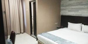 Best Skip Hotel Palembang - Standard Room