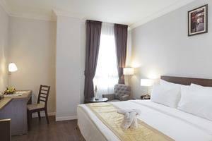 Horison Forbis Hotel Cilegon - Deluxe Tempat Tidur Queen