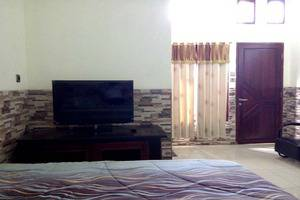 Hotel Buah Sinuan Lembang - New Grand Family
