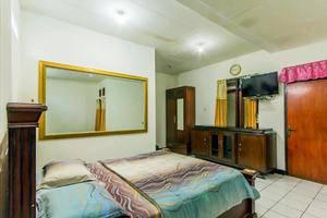 Hotel Buah Sinuan Bandung - Deluxe Room