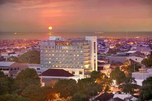 Hotel Santika Makassar - Pemandangan Kota