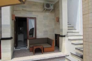 Made Giri Homestay Bali - Eksterior