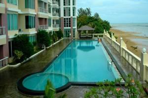 J iCon Residence Balikpapan Balikpapan - Kolam Renang