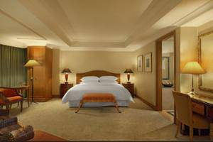 Sheraton Surabaya Hotel and Towers Surabaya - Guestroom