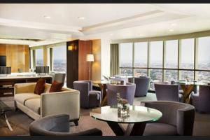 Sheraton Surabaya Hotel and Towers Surabaya - Hotel Bar