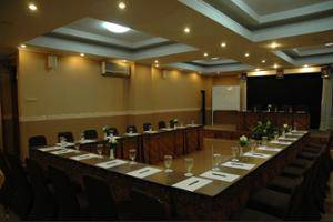 Riyadi Palace Hotel Solo - Meeting Facility