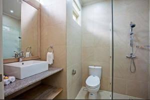 The Lovina Bali - Bathroom