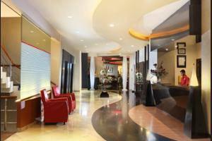 ibis Acradia Jakarta - Lobby Sitting Area