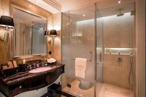 The Trans Luxury Hotel Bandung - Bathroom Shower