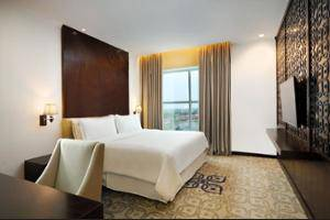 Four Points By Sheraton Makassar - Exterior