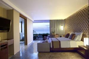 Anantara Uluwatu Bali Resort - Room Service - Dining