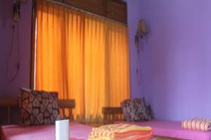 Rona Accommodation Bali - Kamar tamu