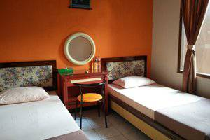 Patria Garden Hotel Blitar - Bedroom 2 in 1