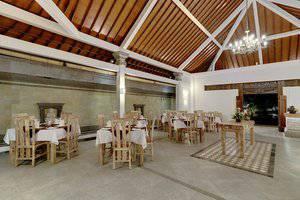 Nipuri Hotel Bali - Restaurant