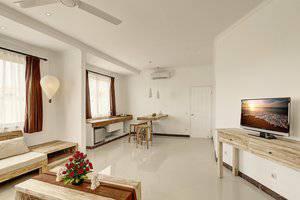 Nipuri Hotel Bali - Ruang tamu Suite Studio Onebedroom