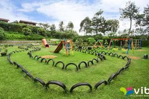 Villa Hosta Istana Bunga - Lembang Bandung