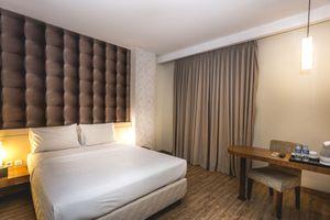 Feodora Hotel