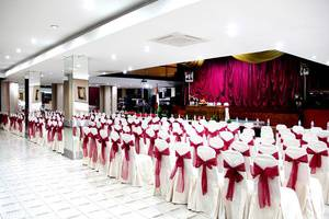 New Grand Park Surabaya - Golden Ballroom