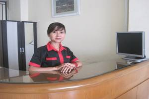Double Tree Kost & Guest House Purwokerto - Resepsionis