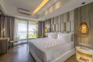 The Crystal Luxury Bay Resort Nusa Dua - Bali Bali - bedroom - Deluxe Room Double