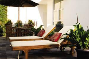 V Residence Jakarta - Fasilitas