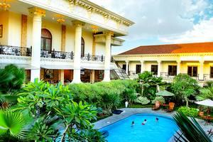 Grand Palace Hotel Jogja - Kolam Renang