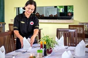 Margo Utomo Eco Resort Kalibaru - Pelayanan kantor restoran