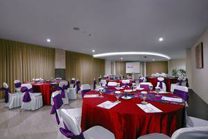 Quest San Hotel Denpasar - Karna Function Room