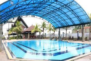 Griptha Hotel Kudus - Kolam Renang