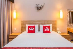 ZenRooms Seminyak Eka Laweya Bali - Tampak tempat tidur double