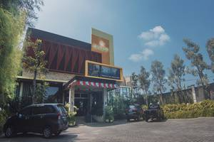 Savita Inn Yogyakarta - Entrance