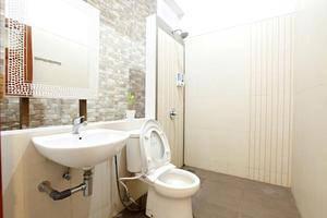 De Halimun Guest House Bandung - Bathroom