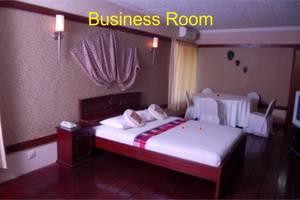 Swaloh Resort & Spa Tulangagung - Kamar tamu