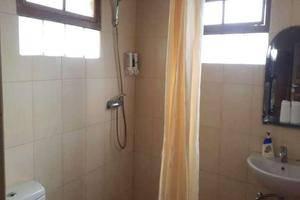 Alam Asri Hotel & Resort Cianjur - Kamar mandi
