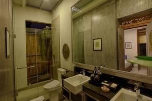 The Poh Jimbaran Bali - Kamar mandi