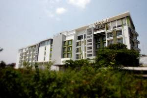 Hotel Dafam Fortuna Seturan - Sekeliling