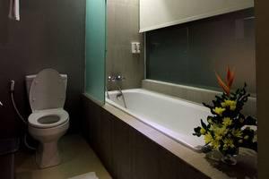 Hotel Dafam Fortuna Seturan - Deluxe Bathtub