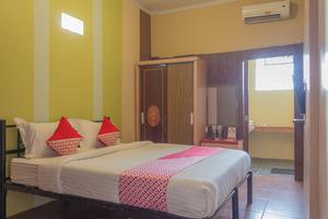 OYO 789 Pelangi Guest House