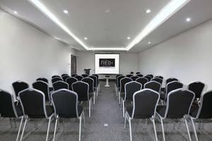 Hotel NEO+ Balikpapan Balikpapan - Meeting Room