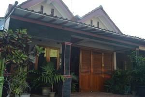 Yuyun Homestay Yogyakarta - Eksterior