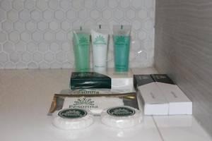 Pesonna Hotel Tegal Tegal - Perlengkapan mandi
