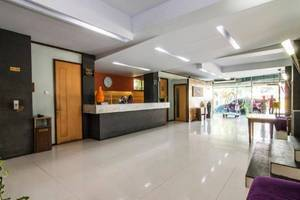 Hotel Alma Jakarta - Resepsionis