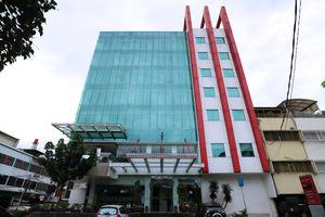 Redstar Hotel Jakarta