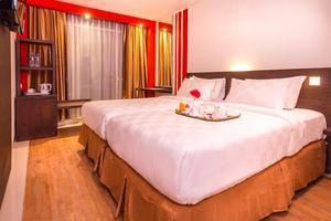 Redstar Hotel Jakarta - 13