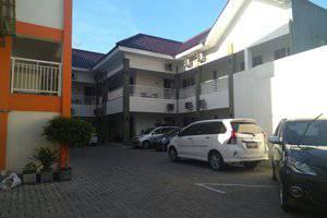 Saras Hotel Tuban - Exterior
