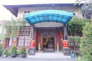 RedDoorz @Bukit Tunggal Street Bali - Eksterior