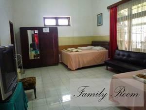 Jonas Homestay Malang - Rooms