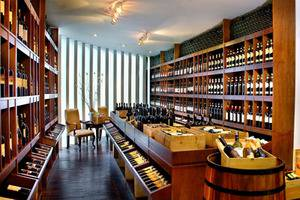 Aston Kuningan Suites Hotel Jakarta - Anggur